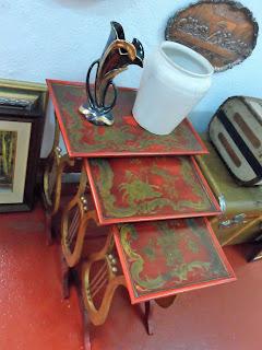 antigua mesa nido en desembalaje cantabria