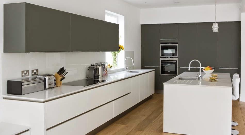 Soluciones de vidrio para la pared frontal de la cocina Cocinas