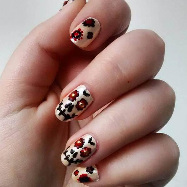 Pinterest Nail art ,Sugar Skull Nails Designs