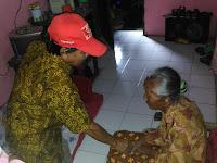 Ramadhan Peduli, Ebes Inep Jenguk Orang Sakit di 15 Kelurahan