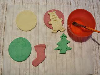 creare forme natalizie con la pasta di sale