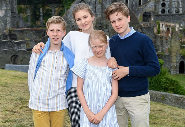 Queen Mathilde wore Dries Van Noten trousers, white bell Sleeve Stretch Crepe Top. Crown Princess Elisabeth and Princess Eleonore