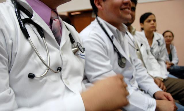 Presidenta de la SVI: Urge saber cuántos médicos quedan para prepararnos ante la crisis