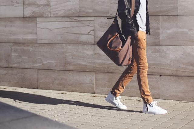 10 Tips Fashion Simple Untuk Pria