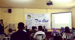 HMP PBSI IKIP PGRI Bojonegoro Jalin Kerjasama Try Out Plus dengan Yatim Mandiri