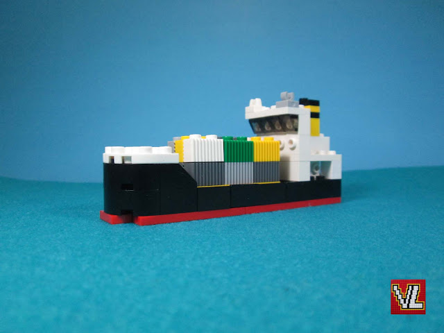 Nova versão do set LEGO 616 Cargo ship