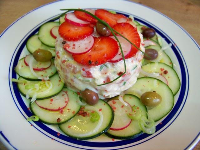 Cuisine en folie: Tartare de saumon, fraises, tomates