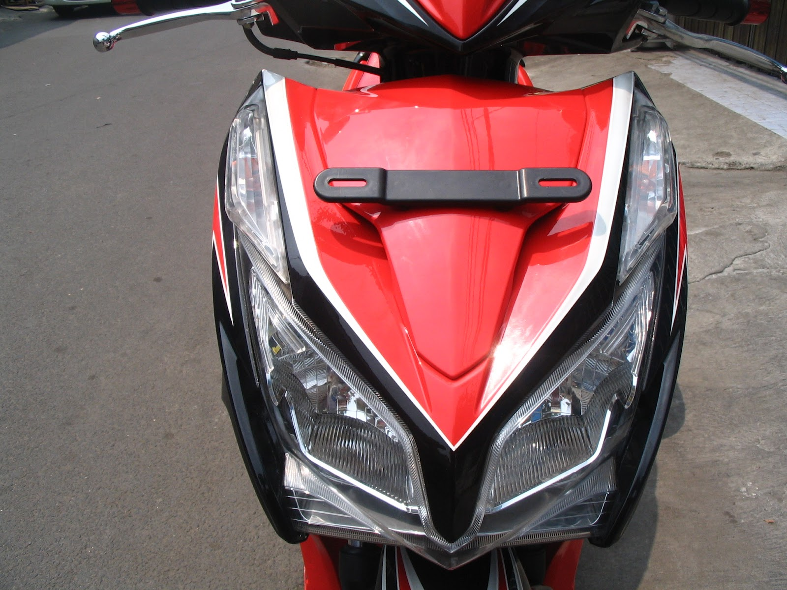Download Modifikasi Motor Vario 125 Orange Terbaru Velgy Motor