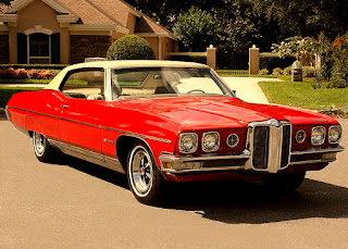 1970 Pontiac Bonneville Luxury Coupe Front Right