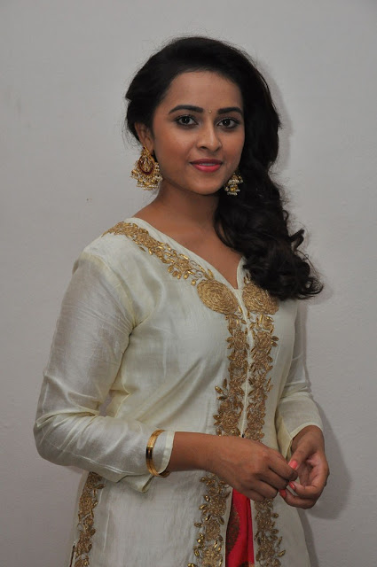 Kaashmora Telugu Movie Music Launch Sri divya hd pics