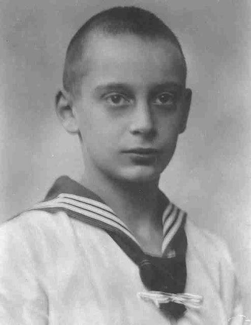 Louis Ferdinand Victor Edward Albert Michael Hubert, Prince of Prussia