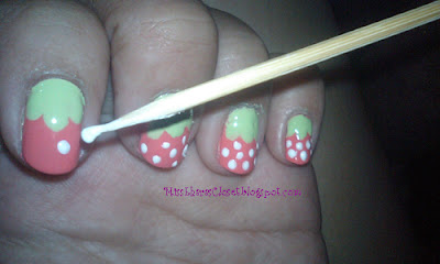 [ TUTORIAL ] Strawberry Nail Art