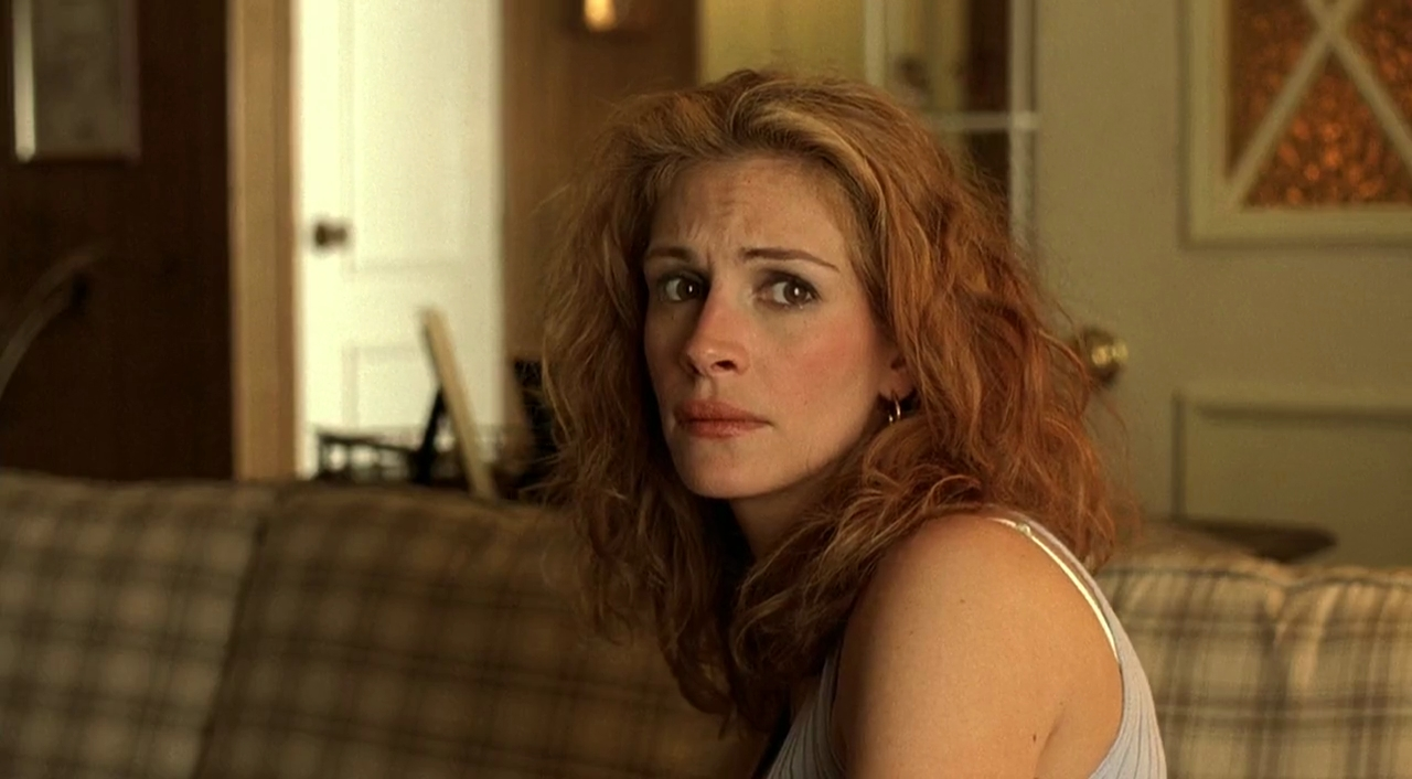 movie review erin brockovich A movie review of erin brockovich, a steve soderbergh film starring julia roberts and albert finney.