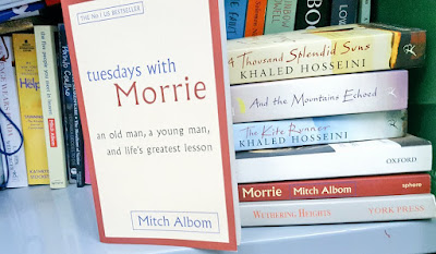 a critique of tuesdays with mo Tuesdays with morrie has 658,403 ratings and 21,379 reviews maybe it was a grandparent, or a teacher or a colleague someone older, patient and wise, wh.