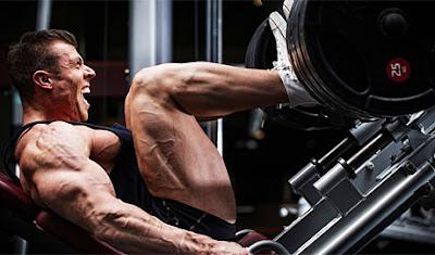 زيادة القوة و زيادة الكتلة العضلية الصافية للجسم