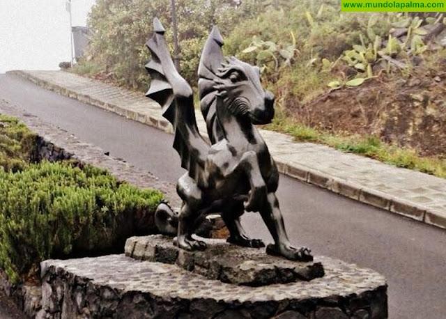 """""""El Dragón"""" custodia desde hoy una calle en Tijarafe"""