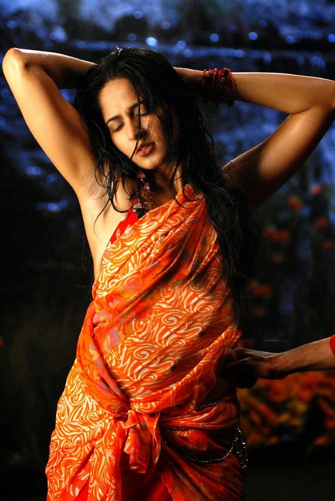 Anushka Shetty Spicy Armpits Hip Navel Show Photos In Orange Saree