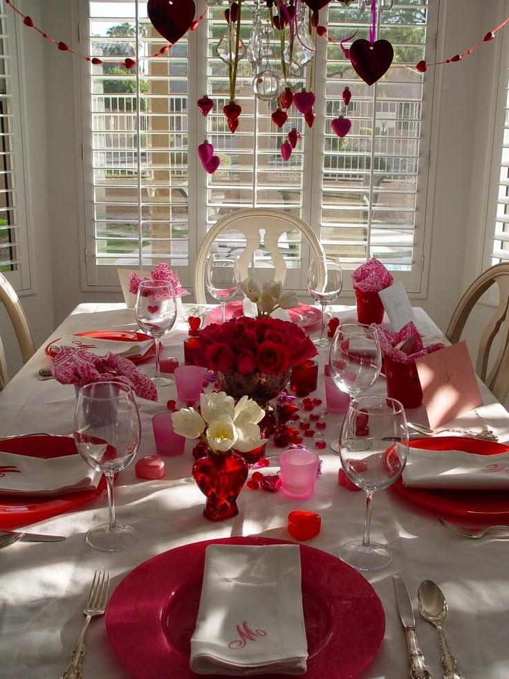 Decoraci n rom ntica con corazones y rosas para 14 de for Habitacion 14 de febrero