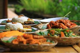 S H I N C H A N P O K E R 5 Makanan Bali Yang Wajib Di Coba Agen Poker Domino Bandarqq Dan Bandar Capsa Nomor Satu Di Indonesia Shinchanpoker Com