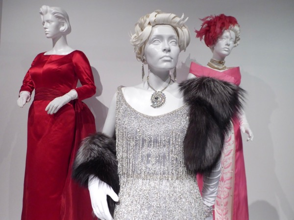 Jessica Lange Feud Joan Crawford costume