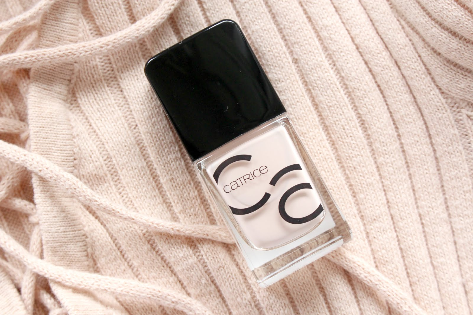 catrice, catrice nagellack, catrice nail polish, catrice iconails,  catrice iconails review, catrice neue nagellacke, catrice new nail polishes, catrice blogger, catrice honeymoon is coming soon, nelly ray, nelly ray blog, beauty blog, beautyblog, beauty blogger, beautyblogger