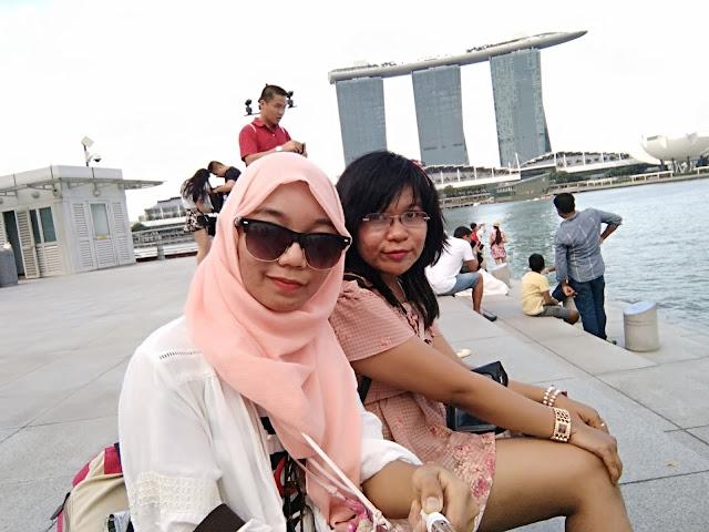 lokasi foto patung singa singapore