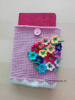 gehaakte ereader of ipad sleeve