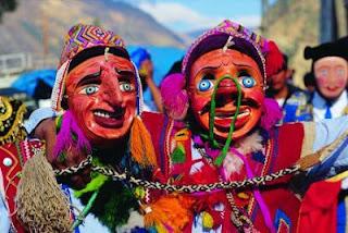 Foto alusivo al folklore con nuestra costumbre andina