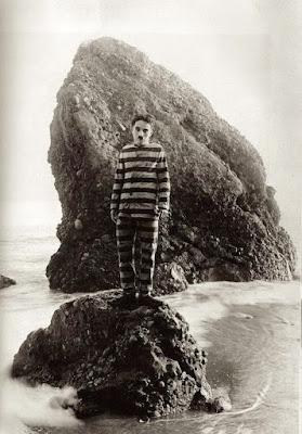 """Чарли Чаплин в """"Искателе приключений"""" (1917)"""