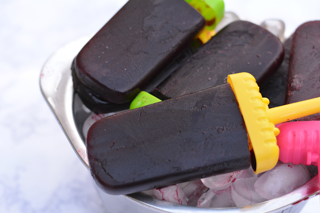 wine popsicle made with Black Box Wines