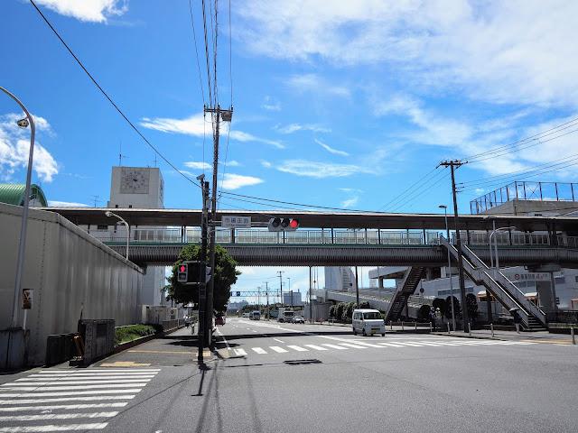 横浜  中央市場通り