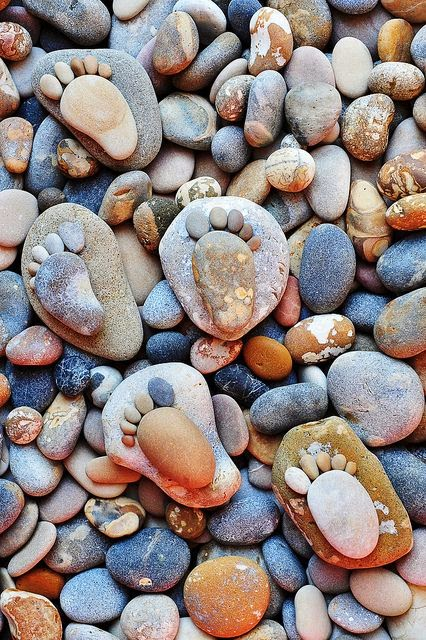 DIY Pebble Feet