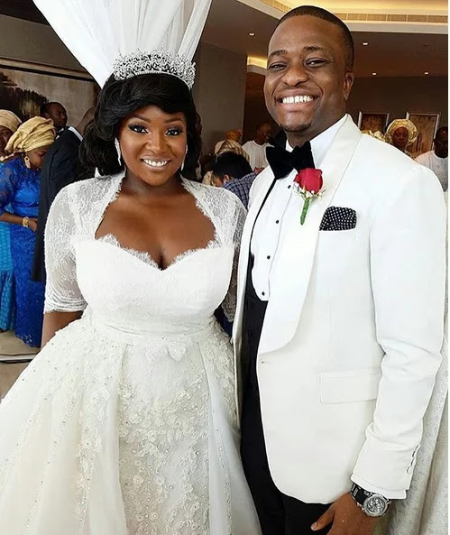 Photos:Toolz flaunting her 3-month-old marriage certificate