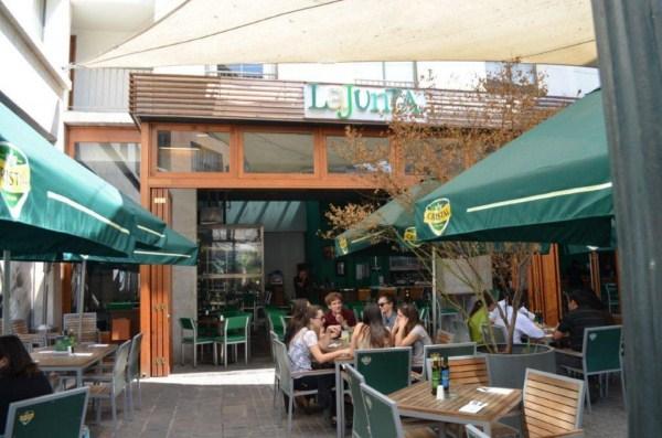 Bar La Junta