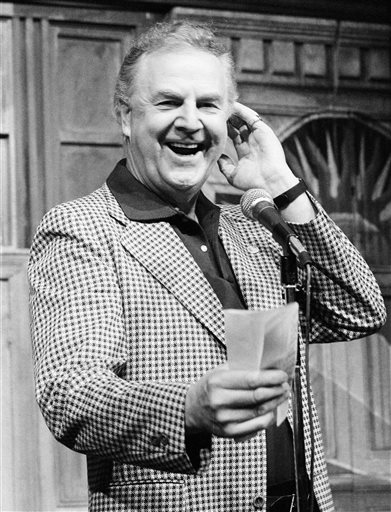Don Pardo at microphone