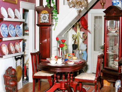 dollhouse dining room