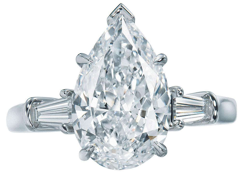 Diamond Emerald Cut Engagement Rings