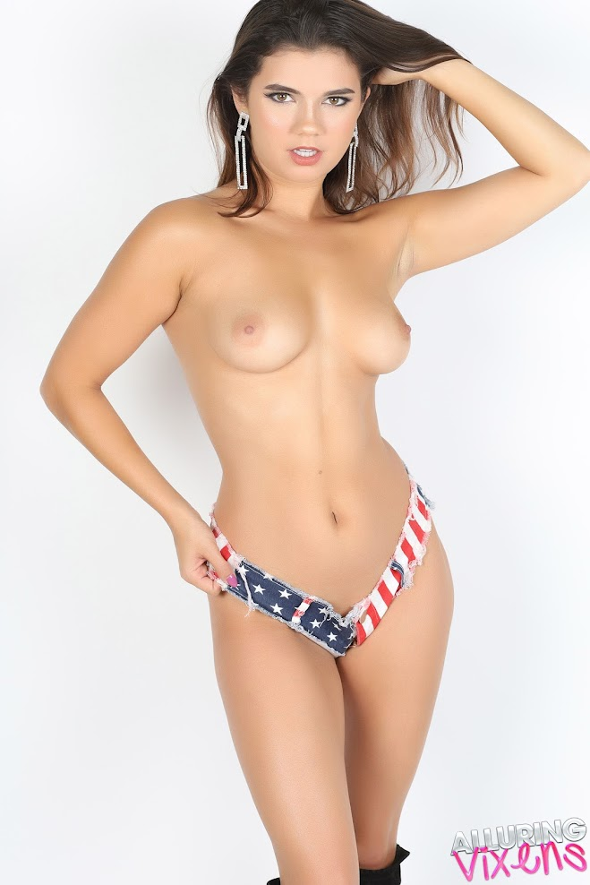 Dare Taylor - Red White & Blue 07030