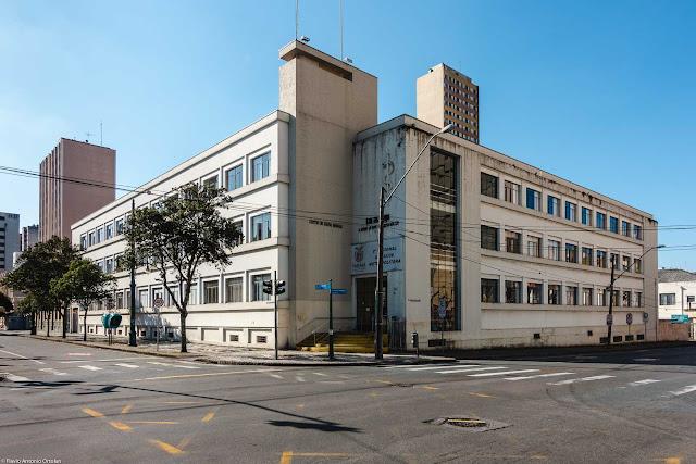 Prédio na Rua Barão do Rio Branco, inaugurado em 1950