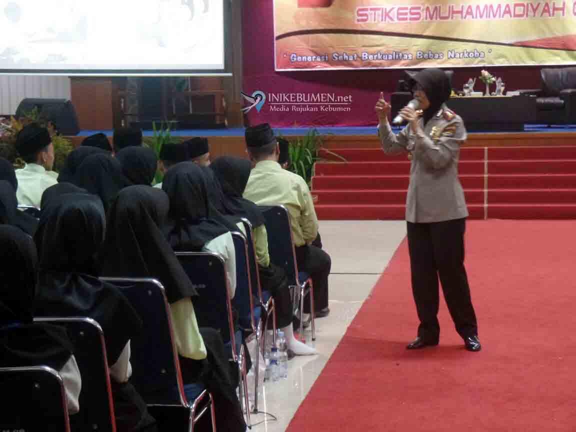 Kapolres Kebumen Ajak Mahasiswa STIKES Gombong Lawan Radikalisasi