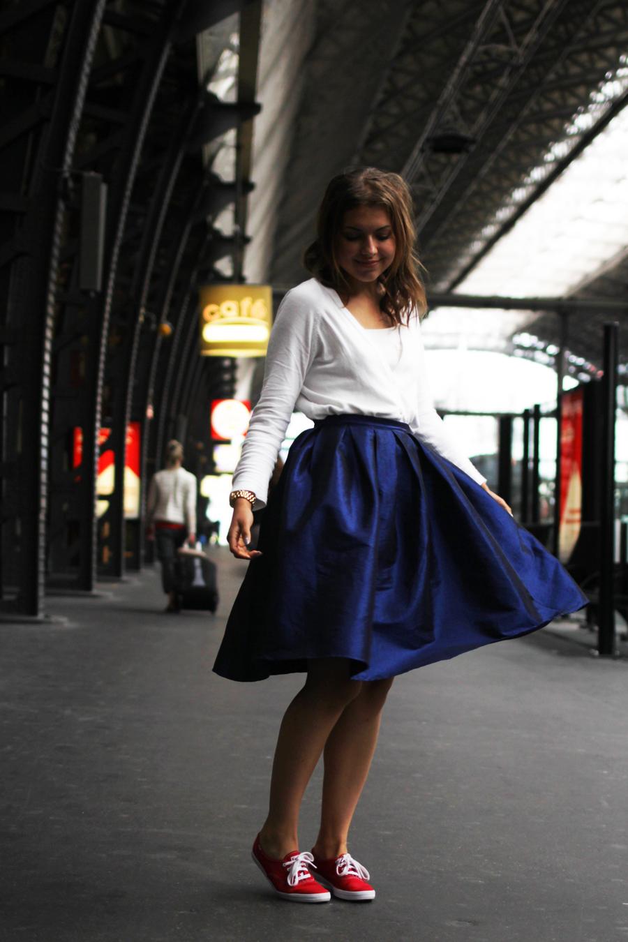 outfitpost paris amsterdam
