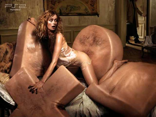 40 Most Creative & Controversial PlayStation Ads Image 37