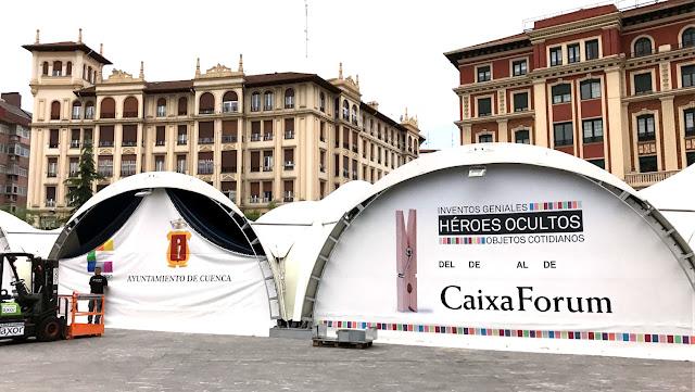 Carpa de la exposición en Herriko Plaza