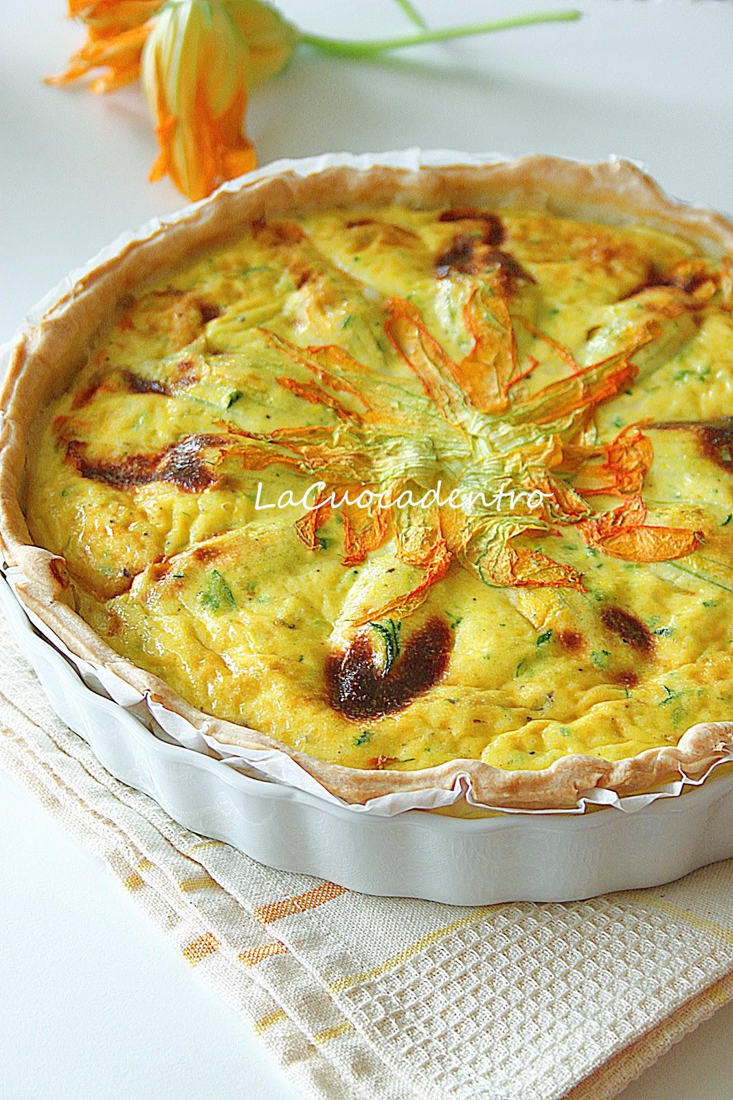 Quiche alle zucchine e fiori di zucca ripieni la cuoca - Torte salate decorate ...