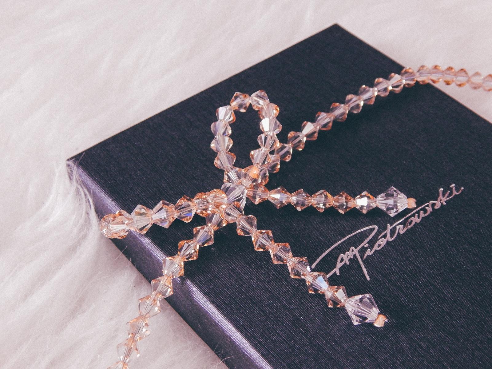 1 biżuteria M piotrowski recenzje kryształy swarovski przegląd opinie recenzje jak dobrać biżuterie modna biżuteria stylowe dodatki kryształy bransoletka z kokardką naszyjnik z kokardą złoto srebro fashion