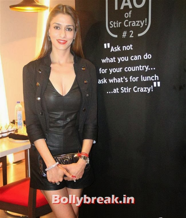 Shilpa Saklani, Stir Crazy Restaurant Launch