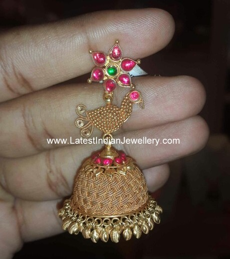 different gold jhumka