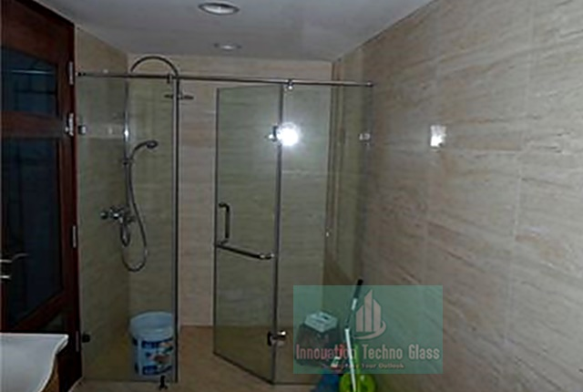 Kaca Tempered Shower Screen