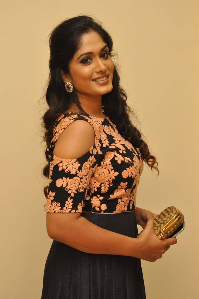 Sowmya Venugopal At Kalamandir Foundation 7th Anniversary Celebrations Stills