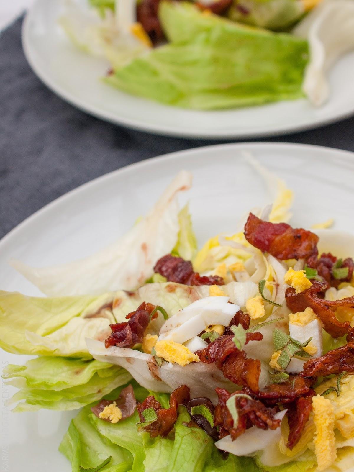 Issalat med bacon, løk og egg